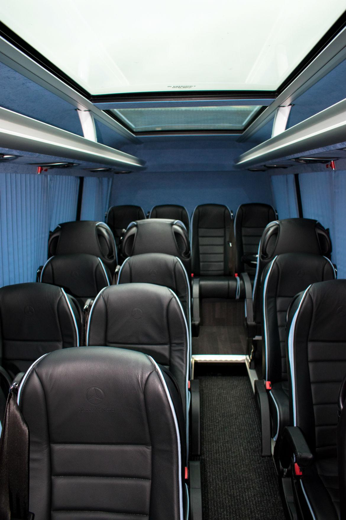 17 Bus Interior 3